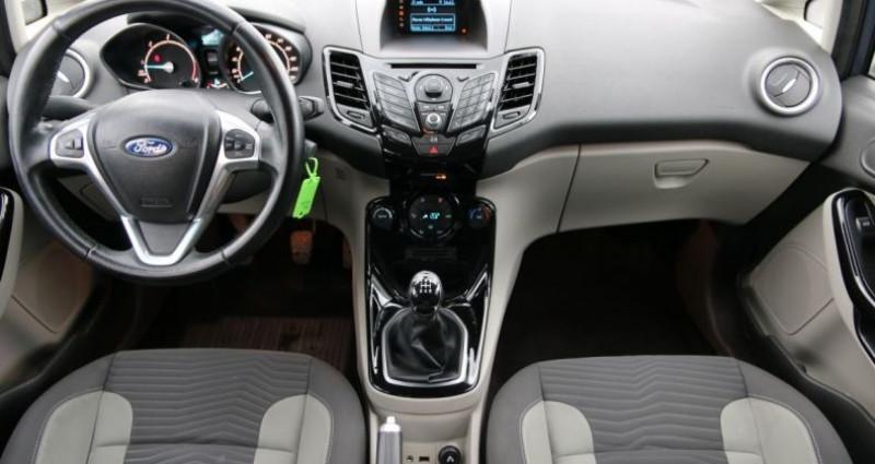 Ford Fiesta 1.5 TDCI 75 FAP TITANIUM 5P Gris occasion à Jaux - photo n°5