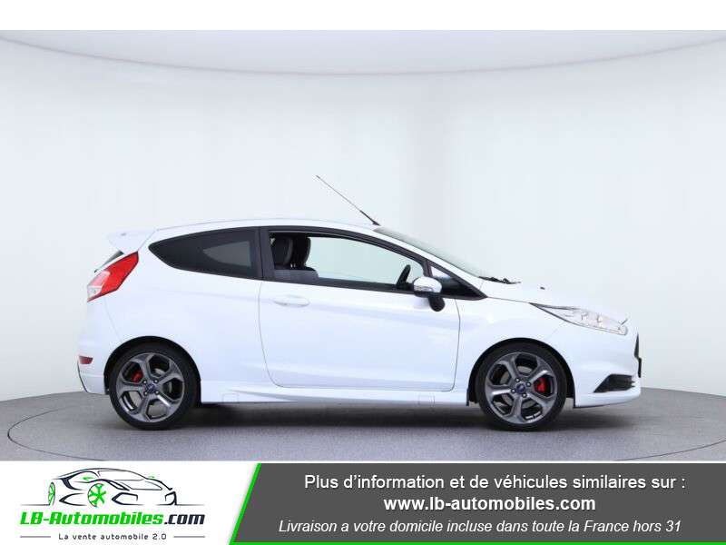 Ford Fiesta 1.6 EcoBoost 182 ST 3P Blanc occasion à Beaupuy - photo n°9