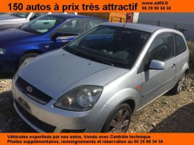 Ford Fiesta Gris, garage VOITURE PAS CHERE RHONE ALPES à Saint-Bonnet-de-Mure