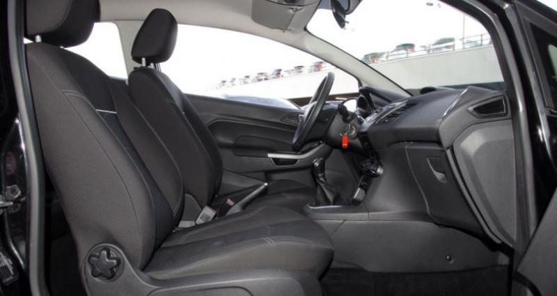 Ford Fiesta V (2) 1.5 TDCI 75 FAP TREND 3P Noir occasion à Chambourcy - photo n°3