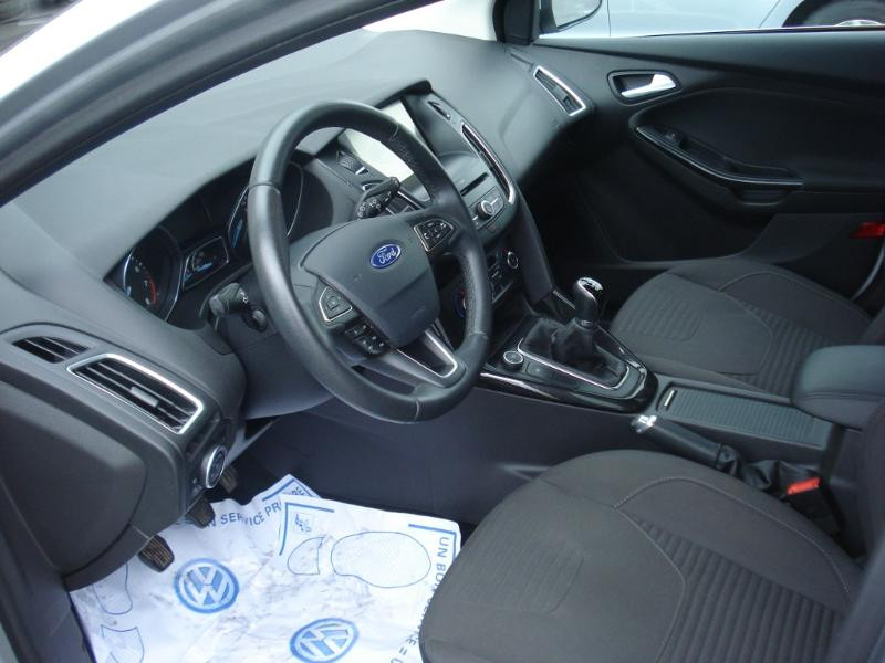 Ford Focus 1.0 EcoBoost 100ch Stop&Start Business Nav 99g Gris occasion à Aurillac - photo n°13