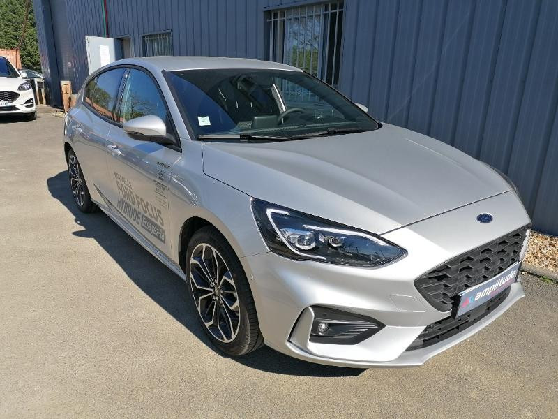 Ford Focus 1.0 EcoBoost 125ch mHEV ST-Line Business Gris occasion à Saint-Doulchard