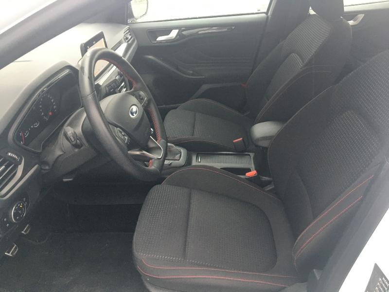 Ford Focus 1.0 EcoBoost 125ch ST-Line Blanc occasion à Mende - photo n°6