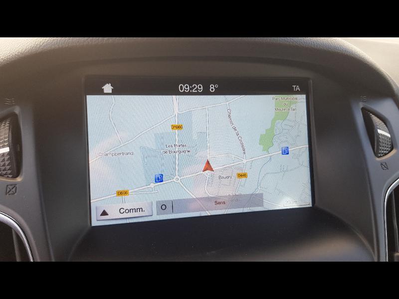 Ford Focus 1.0 EcoBoost 125ch Stop&Start Executive Noir occasion à Sens - photo n°12