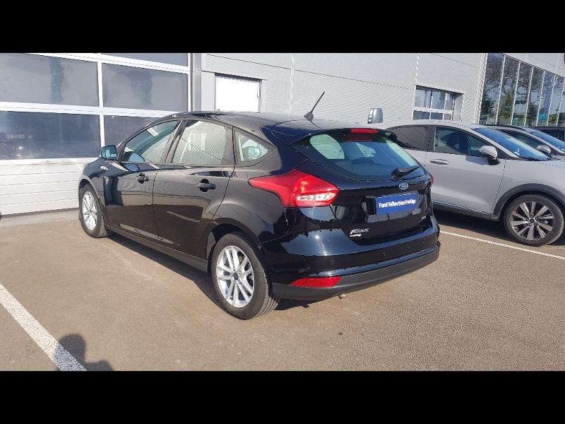 Ford Focus 1.0 EcoBoost 125ch Stop&Start Executive Noir occasion à Sens - photo n°3
