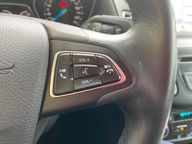 Ford Focus 1.0 EcoBoost 125ch Titanium Noir occasion à Samoreau - photo n°11