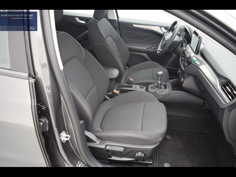 Ford Focus 1.0 EcoBoost 125ch Titanium Gris occasion à Auxerre - photo n°9