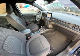 Ford Focus 1.5 ECOBLUE DIESEL 120 ST LINE GPS JANTES ALU 18'' Bleu occasion à Biganos - photo n°3