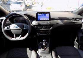 Ford Focus 1.5 ECOBLUE DIESEL 120 ST LINE GPS JANTES ALU 18'' Bleu occasion à Biganos - photo n°2