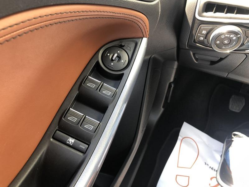 Ford Focus 1.6 SCTI 182CH STOP&START TITANIUM X 5P Blanc occasion à TOULOUSE - photo n°18