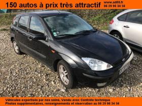Ford Focus Noir, garage VOITURE PAS CHERE RHONE ALPES à Saint-Bonnet-de-Mure