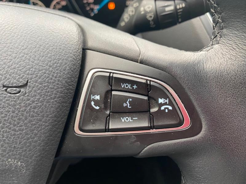 Ford Grand C-Max 1.5 TDCi 120ch Stop&Start Titanium X PowerShift Euro6.2 Gris occasion à Varennes-Vauzelles - photo n°12