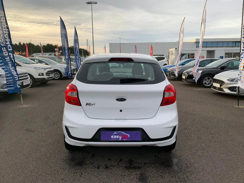 Ford Ka+ 1.2 Ti-VCT 70ch S&S Essential Blanc occasion à Amilly - photo n°5