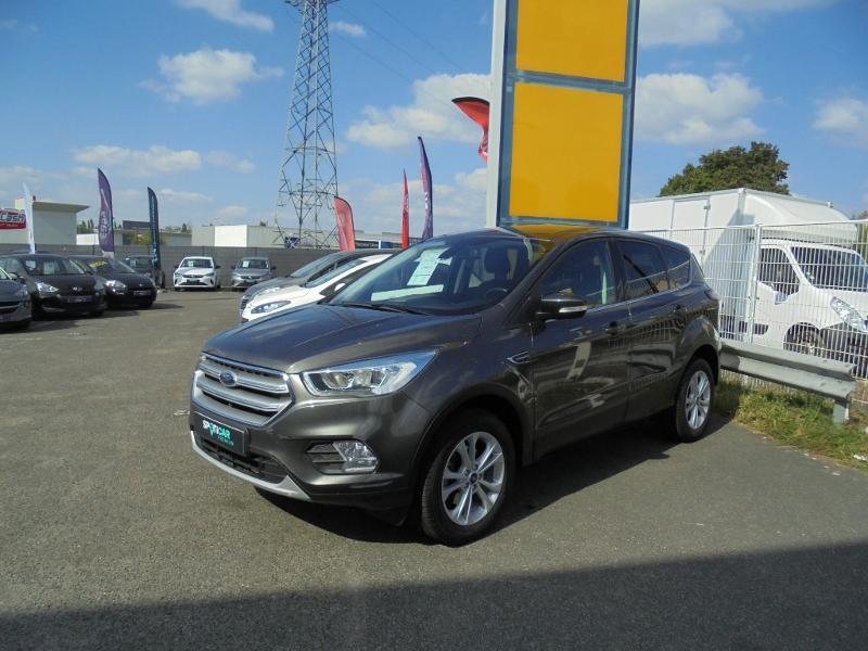 Ford Kuga 1.5 EcoBoost 120ch Stop&Start Titanium 4x2 Gris occasion à Corbeil-Essonnes - photo n°3