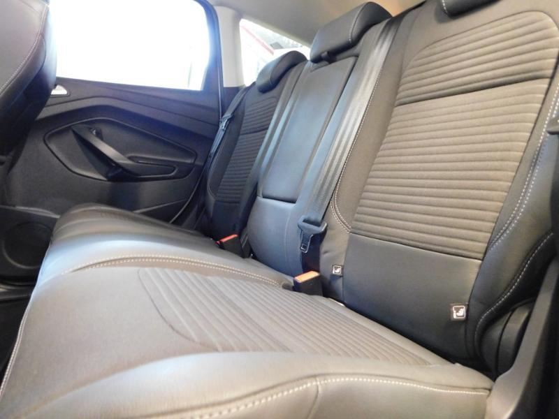 Ford Kuga 1.5 TDCi 120ch Stop&Start Titanium 4x2 Blanc occasion à Castres - photo n°10