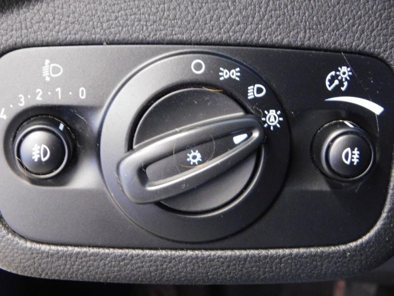 Ford Kuga 1.5 TDCi 120ch Stop&Start Titanium 4x2 Blanc occasion à Castres - photo n°12