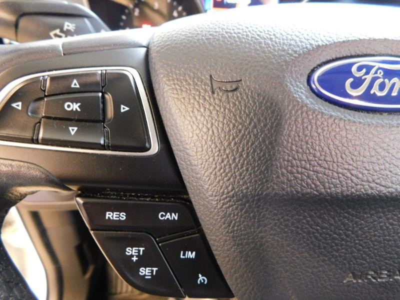 Ford Kuga 1.5 TDCi 120ch Stop&Start Titanium 4x2 Blanc occasion à Castres - photo n°13