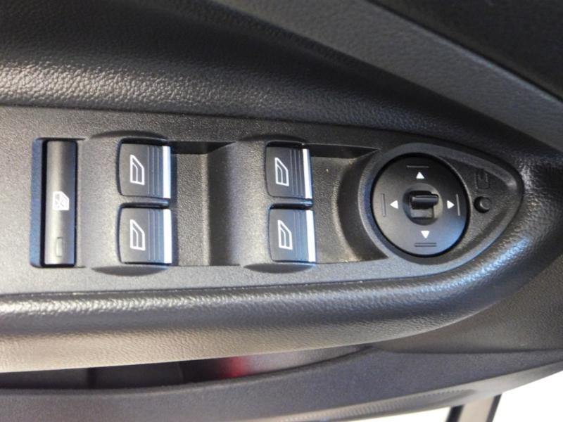 Ford Kuga 1.5 TDCi 120ch Stop&Start Titanium 4x2 Blanc occasion à Castres - photo n°11