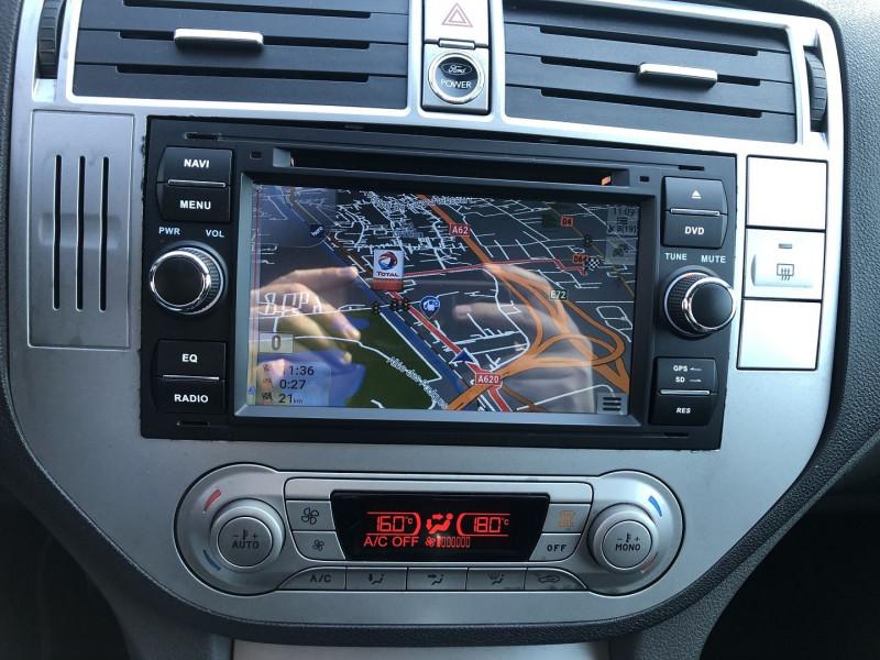 Ford Kuga 2.0 TDCI 136CH DPF TITANIUM 4X2 Gris occasion à TOULOUSE - photo n°12