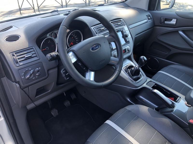 Ford Kuga 2.0 TDCI 136CH DPF TITANIUM 4X2 Gris occasion à TOULOUSE - photo n°4