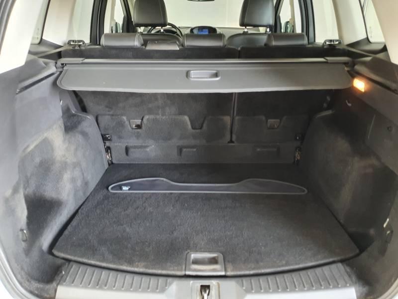 Ford Kuga 2.0 TDCi 150 S&S 4x2 Business Nav Blanc occasion à Biscarrosse - photo n°6