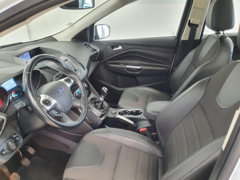 Ford Kuga 2.0 TDCi 150 S&S 4x2 Business Nav Blanc occasion à Biscarrosse - photo n°9