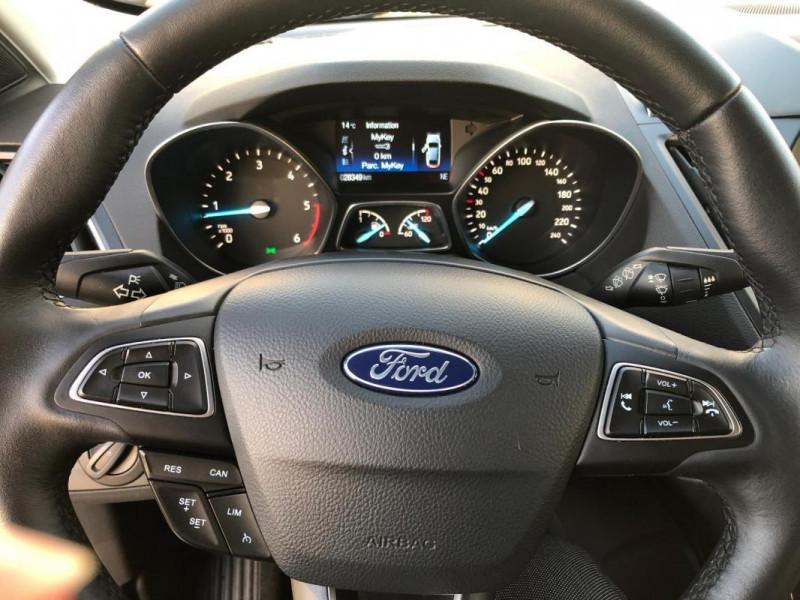 Ford Kuga 2.0 TDCi 150 S&S 4x2 BVM6 Titanium Gris occasion à Tours - photo n°8