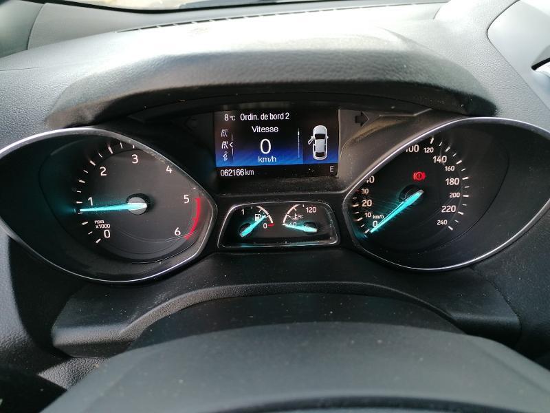 Ford Kuga 2.0 TDCi 150ch Stop&Start ST-Line 4x2 Blanc occasion à Varennes-Vauzelles - photo n°13