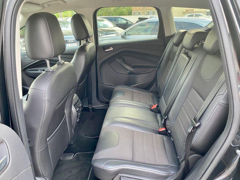 Ford Kuga 2.0 TDCi 150ch Stop&Start Titanium Business 4x4 Powershift Noir occasion à Castelmaurou - photo n°5