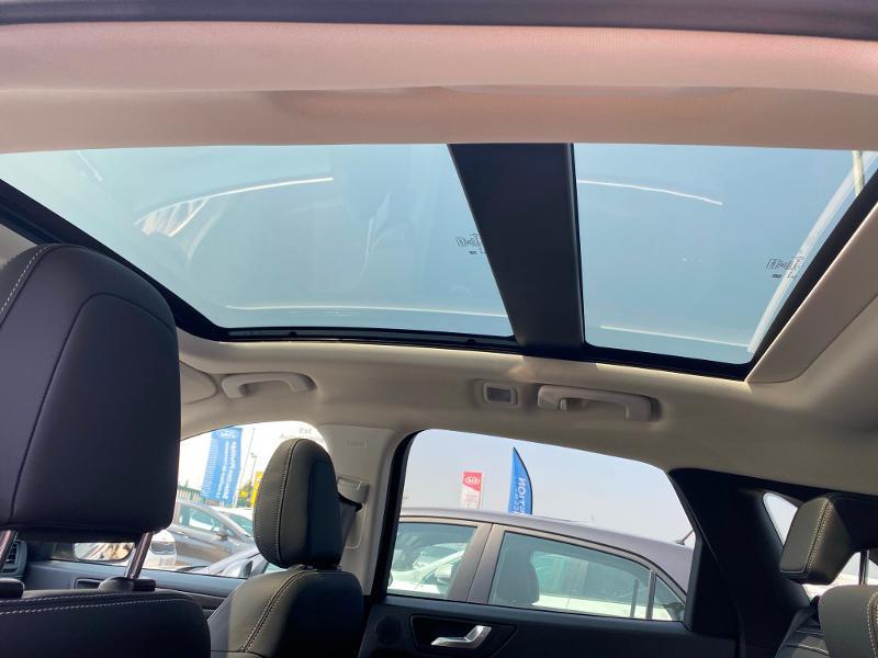 Ford Kuga 2.5 Duratec 225ch PowerSplit PHEV Vignale e-CVT 8cv Gris occasion à Barberey-Saint-Sulpice - photo n°9