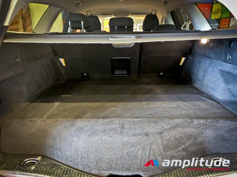 Ford Mondeo SW 2.0 HYBRID 187ch Titanium BVA Blanc occasion à Dijon - photo n°14