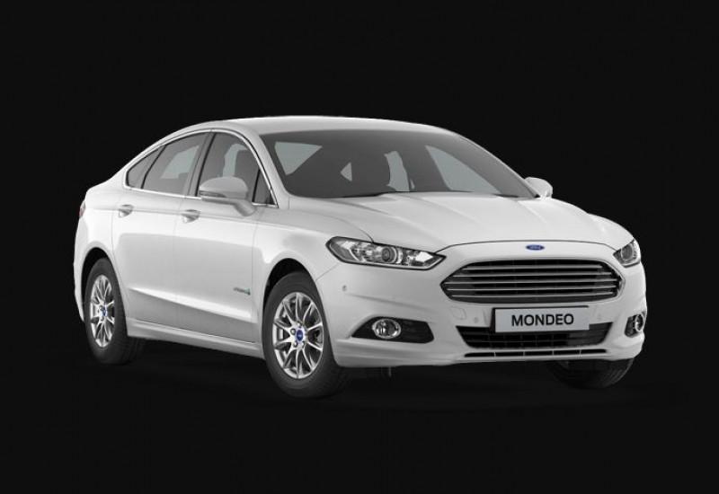 Ford Mondeo 2.0 HYBRID 187ch Vignale BVA 4p Blanc occasion à DRAGUIGNAN