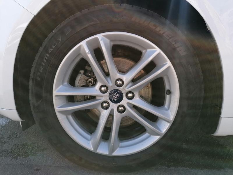 Ford Mondeo 2.0 TDCi 150ch Titanium PowerShift 5p Euro6.2 Blanc occasion à Fleury-les-Aubrais - photo n°16