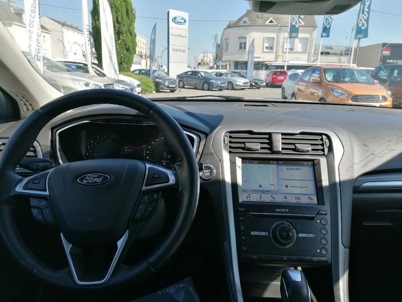 Ford Mondeo 2.0 TDCi 150ch Titanium PowerShift 5p Euro6.2 Blanc occasion à Fleury-les-Aubrais - photo n°7