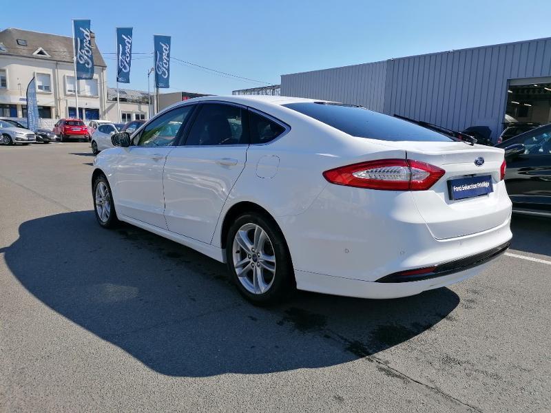 Ford Mondeo 2.0 TDCi 150ch Titanium PowerShift 5p Euro6.2 Blanc occasion à Fleury-les-Aubrais - photo n°6