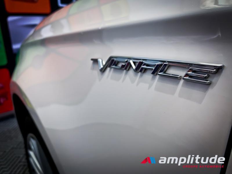 Ford Mondeo 2.0 TDCi 180ch Vignale i-AWD PowerShift 5p Euro6.2 Blanc occasion à Dijon - photo n°17