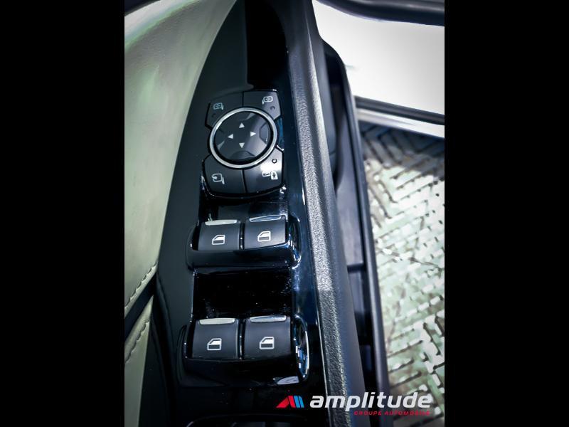 Ford Mondeo 2.0 TDCi 180ch Vignale i-AWD PowerShift 5p Euro6.2 Blanc occasion à Dijon - photo n°16