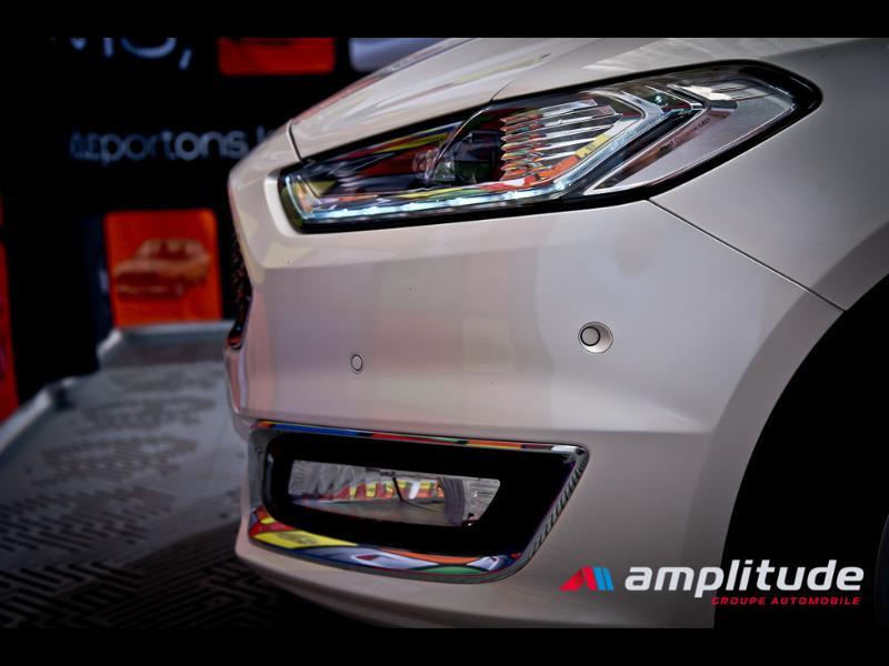Ford Mondeo 2.0 TDCi 180ch Vignale i-AWD PowerShift 5p Euro6.2 Blanc occasion à Dijon - photo n°10