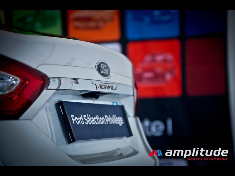 Ford Mondeo 2.0 TDCi 180ch Vignale i-AWD PowerShift 5p Euro6.2 Blanc occasion à Dijon - photo n°7