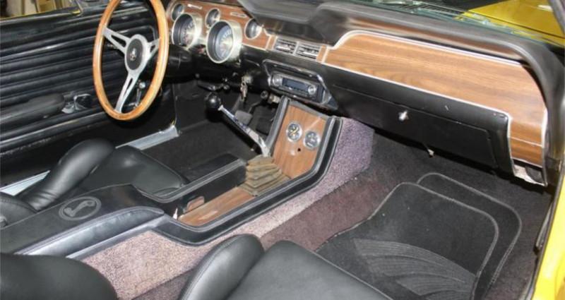 Ford Mustang 351 v8 1968 prix tout compris Jaune occasion à PONTAULT COMBAULT - photo n°4