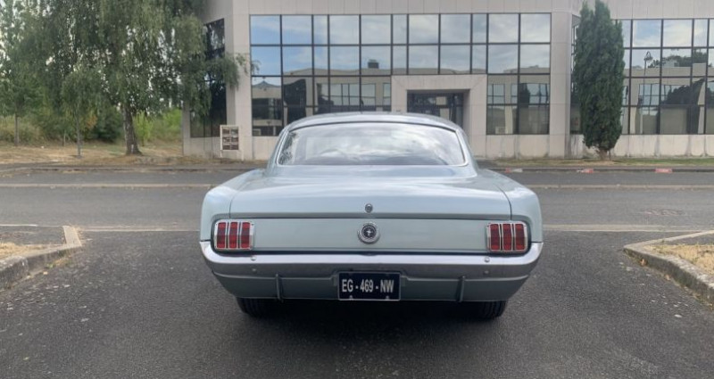 Ford Mustang Fastback Gris occasion à Toussus-le-noble - photo n°4
