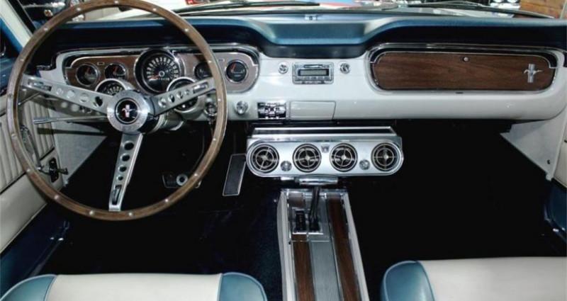 Ford Mustang Gt fastback v8 1965 prix tout compris Gris occasion à PONTAULT COMBAULT - photo n°2