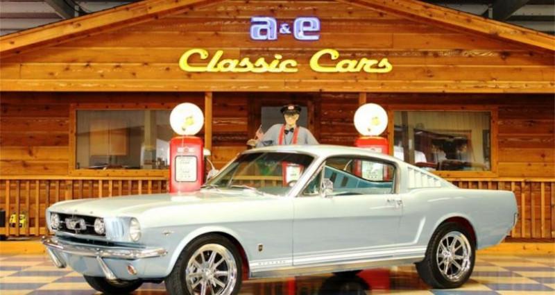 Ford Mustang Gt fastback v8 1965 prix tout compris Gris occasion à PONTAULT COMBAULT
