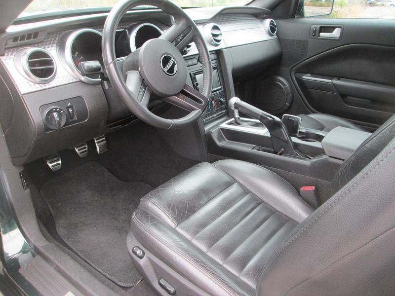 Ford Mustang Mustang Bullitt serie limitee V8  Vert occasion à Montgeron - photo n°4