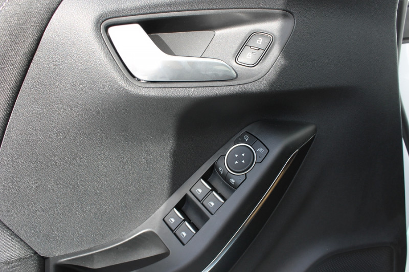 Ford Puma 1.0 ECOBOOST 125CH MHEV TITANIUM 7CV Blanc occasion à Saint-Saturnin - photo n°7