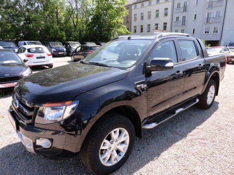Ford Ranger 3.2 TDCI 200 DOUBLE CABINE WILDTRAK 4X4 Noir occasion à Quimper - photo n°2
