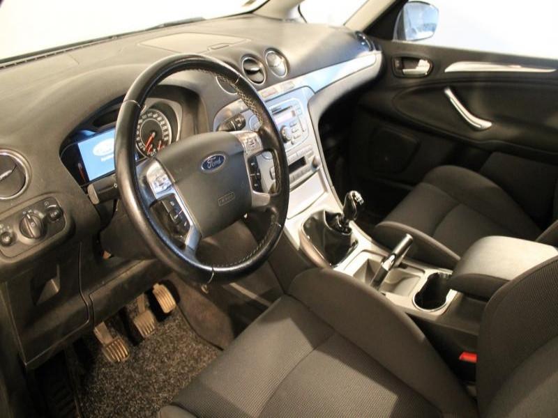 Ford S-max 1.8 TDCI 125 TITANIUM 7P Gris occasion à Brest - photo n°3