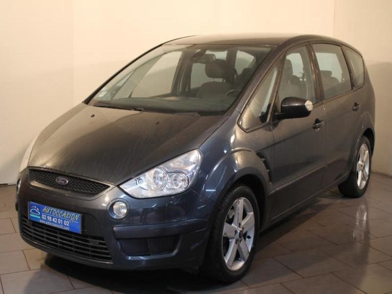 Ford S-max 1.8 TDCI 125 TITANIUM 7P Gris occasion à Brest