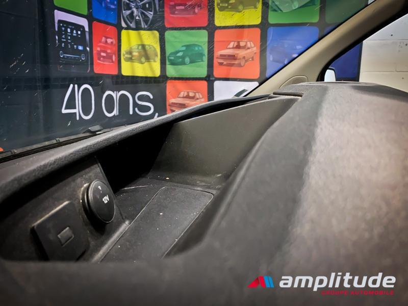 Ford Transit 280 L1H1 2.0 TDCi 105 Trend Business Blanc occasion à Dijon - photo n°17