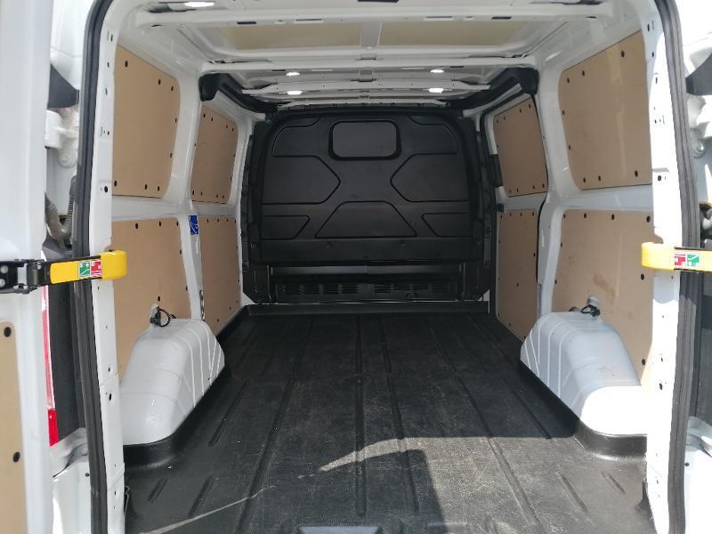 Ford Transit 280 L1H1 2.0 TDCi 130 Trend Business Blanc occasion à Fleury-les-Aubrais - photo n°16